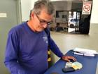 Homem acha celular, quase R$ 1 mil e leva pertences em delegacia de MS