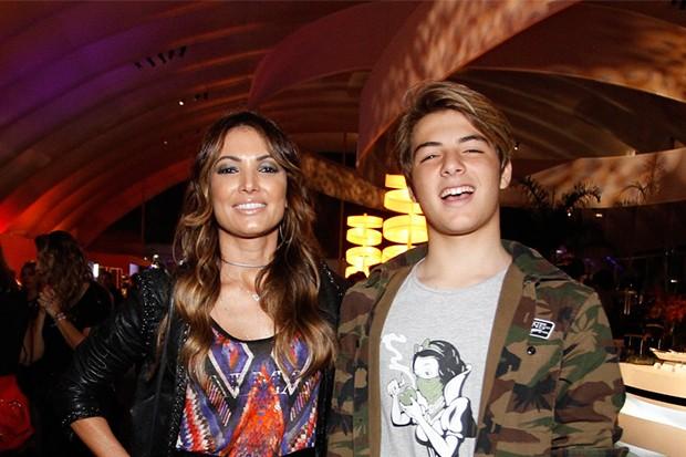 Patrícia Poeta e filho Felipe (Foto: Thyago Andrade/ BrazilNews)