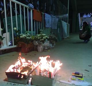 Mais homenagens à Chapecoense: cidade em choque com tragédia (Foto: Amanda Kestelman)