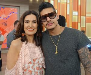O rapper Hungria Hip Hop também cantou no programa de hoje (Foto: Renata Viot/Gshow)