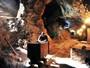 Flor do Caribe: Henri Castelli grava em mina cenas da nova novela das 6