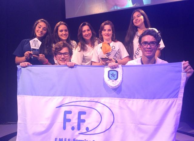 Fermino Ferronato é a escola campeã do game Logus (Foto: Joyce Heurich/G1)