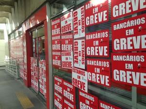Greve dos bancários chega à terceira semana (Foto: Natália Normande/G1)