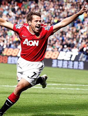 Michael Owen comemora gol na partida do Manchester United contra o Bolton (Foto: Reuters)