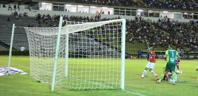 River-PI x Fortaleza (Foto: Abdias Bideh/GloboEsporte.com)