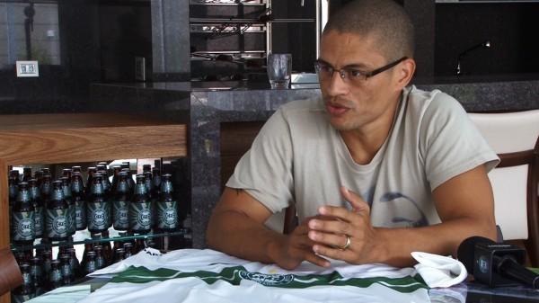 Alex Coritiba (Foto: Divulgação / Site oficial do Coritiba)