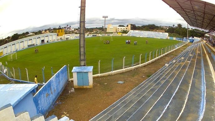 Genervino da Fonseca, estádio do Crac, em Catalão (Foto: Zuhair Mohamad/OPopular)