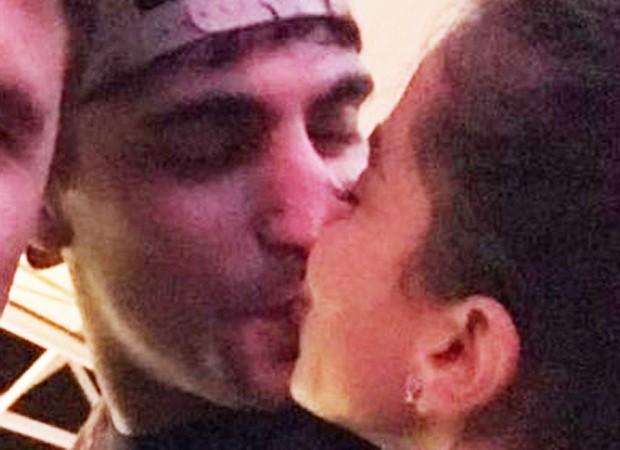 Anitta e o novo namorado, Thiago Magalhães (Foto: Reprodução/Fofocalizando)