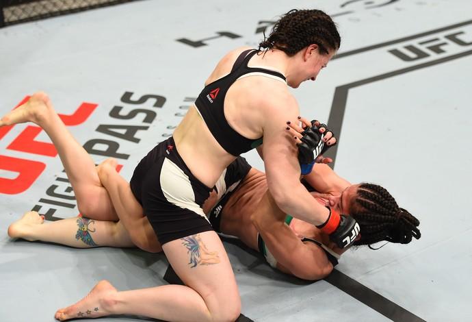 Aisling Daly Ericka Almeida UFC Dublin 2 (Foto: Getty Images)