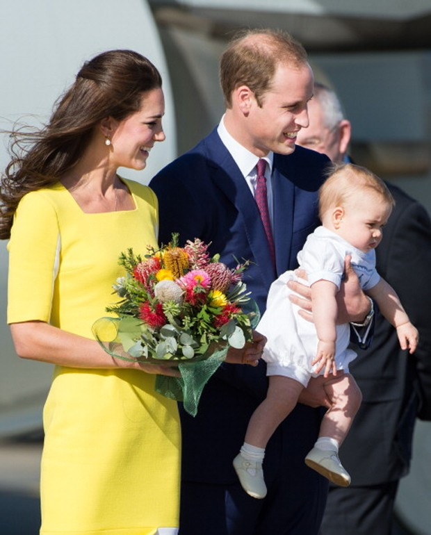 Kate Middleton, William e o pequeno George (Foto: Getty Images)
