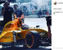 """Após susto por fogo no carro, piloto faz piada: """"É bem quente na Malásia"""""""