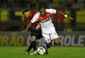 Willie Vitória x Sport (Foto: Eduardo Martins / Ag. Estado)