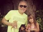 Justus mostra filha com gatinhos: 'Rafinha com sua nova paixão'