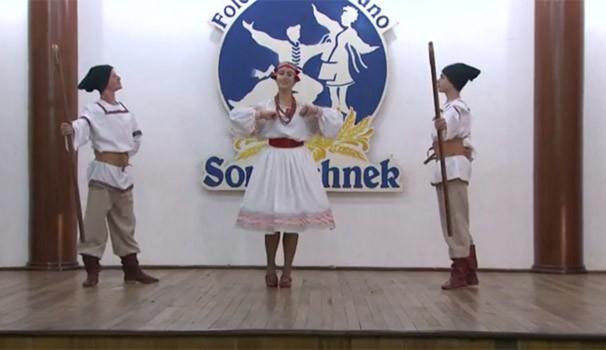 Televisando o Futuro mostra grupos que preservam tradições dos antepassados (Foto: Reprodução/RPC TV)