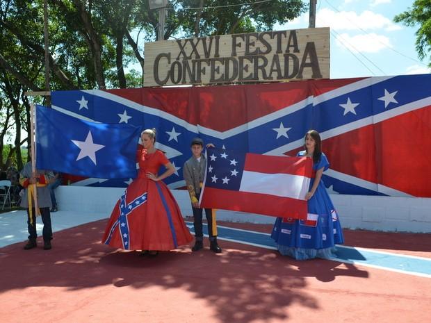 Descendentes de americanos celebram festa confederada em Santa Bárbara d'Oeste (Foto: Thomaz Fernandes/G1)