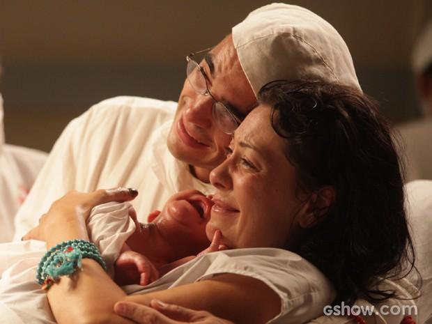 Matilde dá à luz  e comemora: 'A gente conseguiu, meu amor!' (Foto: Pedro Curi/TV Globo)
