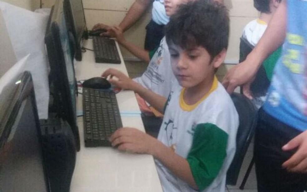 Renato Martins é o segundo filho de Adely, com 9 anos (Foto: Adely Martins/Arquivo Pessoal)
