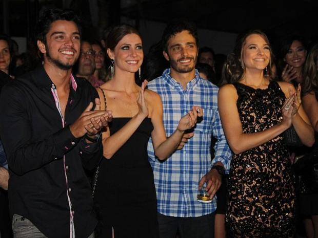 Elenco se reúne em festa de lançamento da novela 'Além do Horizonte', no Rio de Janeiro (Foto: Nathalia Fernandes/ TV Globo)