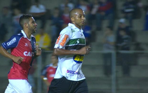 Willians, atacante do América-MG (Foto: Reprodução/Sportv)