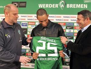 zagueiro Samuel apresentado no Werder Bremen (Foto: EFE)