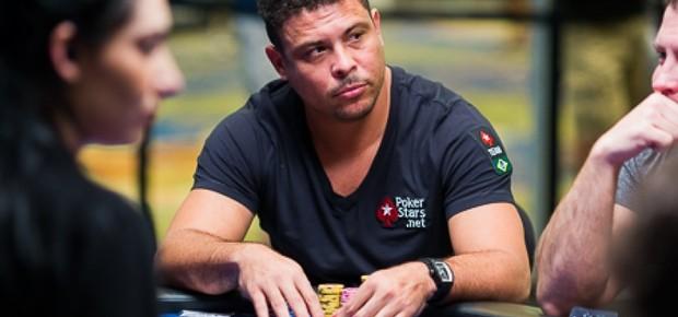 O ex-jogador de futebol Ronaldo Nazario participa de torneio de pôquer PCA em Macau, na China (Foto: Divulgação)