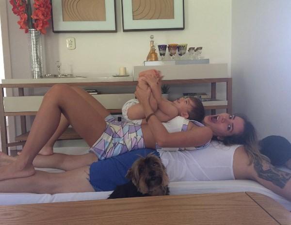 Adriana Sant'Anna, Rodrigão e o filho do casal (Foto: Reprodução / Instagram)