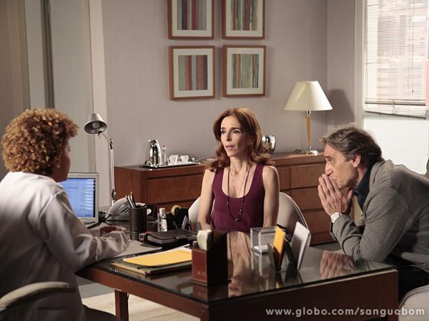 Irene fica chocada ao saber que está grávida (Foto: Sangue Bom/TV Globo)