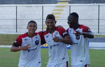 Santa Cruz de Natal vira, bate Atlético Potiguar e recupera a liderança