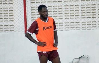 Dija e Osmar treinam com bola e devem retornar ao Mecão no domingo