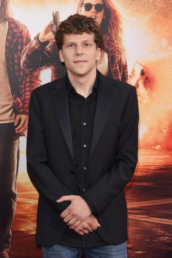 Jesse Eisenberg encarnou o vilão Lex Luthor durante uma entrevista (Foto: Getty Images)