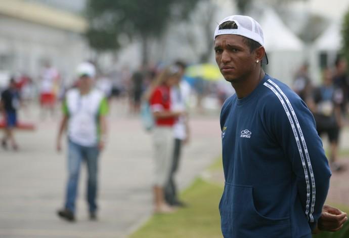 Isaquias Queiroz no evento-teste de canoagem (Foto: BRUNO DE LIMA/AGÊNCIA O DIA/ESTADÃO CONTEÚDO)