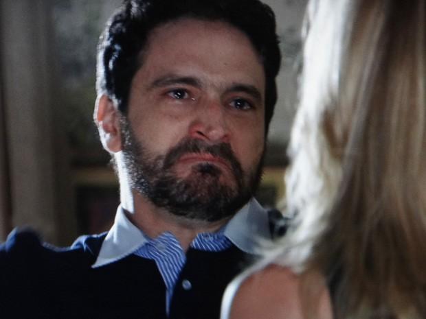 Celso fica furioso com a revelação de Antonia (Foto: Salve Jorge/ TV Globo)