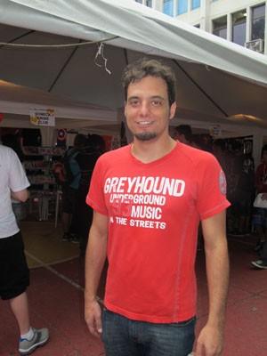 Fã de banda animesong, Ricardo Cruz vira integrante do grupo  (Foto: Anna Gabriela Ribeiro / G1)