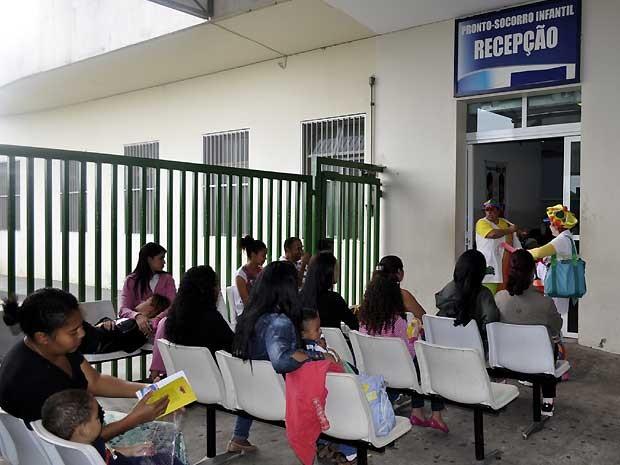 Espera por atendimento no PS Infantil do Hospital Mário Gatti, em Campinas (Foto: Fernando Pacífico / G1 Campinas)