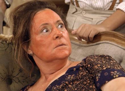 Sandra faz Cunegundes passar fome na mansão