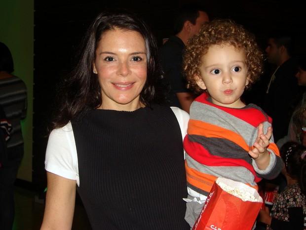 Mylla Christie e filho (Foto: Renan Katayama/ Agência Flash Glamour)
