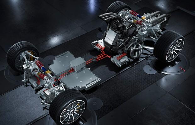 Motor V6 é da Fórmula 1, mas o pack híbrido é mais evoluído ainda (Foto: Divulgação)