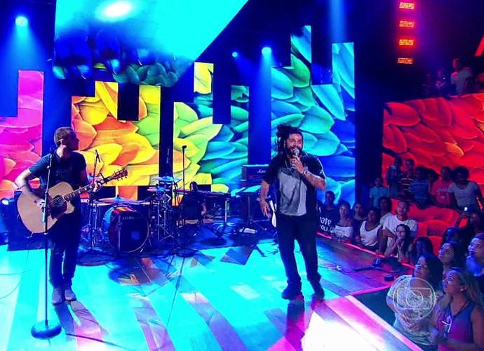 Onze:20 faz sucesso no palco do Esquenta! (Foto: TV Globo)