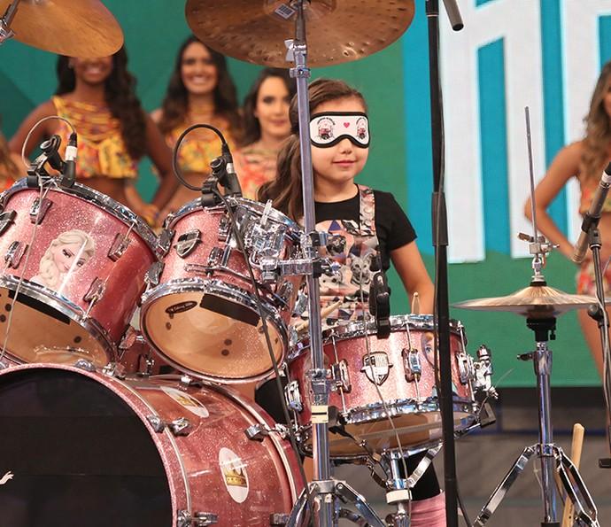 Duda encantou a platéia com sua bateria (Foto: Carol Caminha / Gshow)