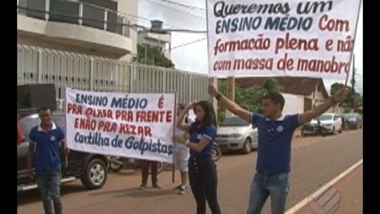 Alunos do ensino médio em Altamira estão sem professores