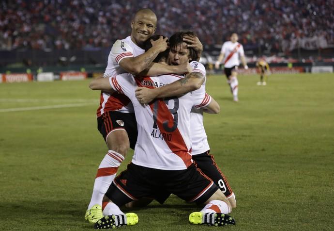 Lucas Alario gol River Plate (Foto: AP)