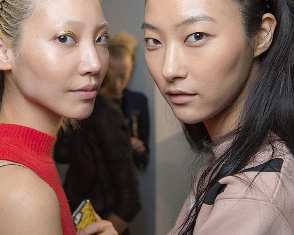 QUer ficar com a pele (e a maquiagem!) em dia no verão? Nós temos a solução (Foto: Getty Images)