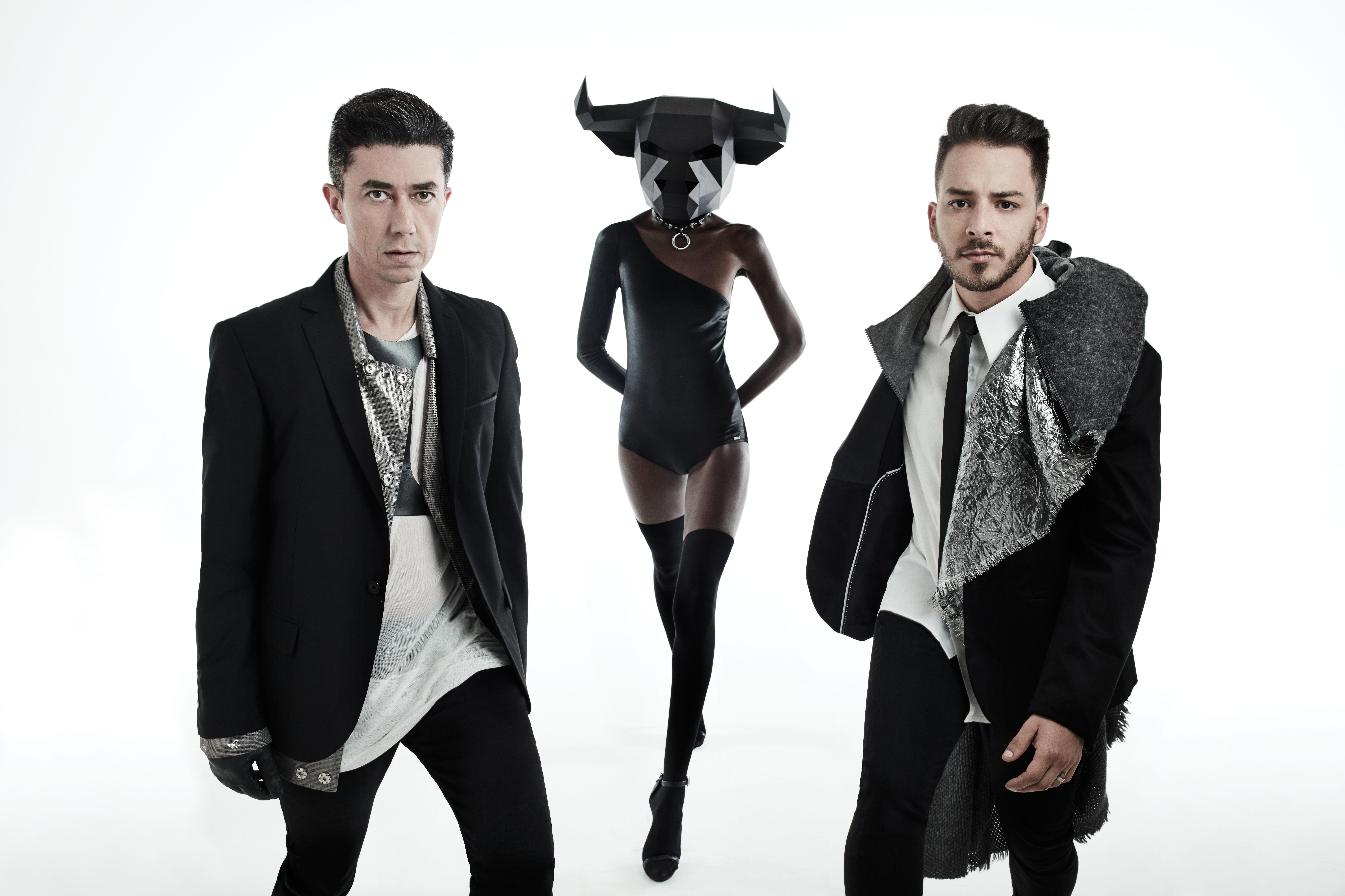 Julio Torres e Junior Lima, que formam a dupla de música eletrônica Manimal (Foto: Gustavo Zylbersztajn)