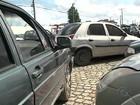 Veículo com dívida de R$ 10 mil de licenciamento é apreendido em blitz