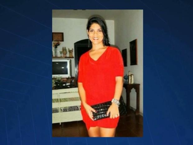 Loane Maranhão tinha 32 anos e foi morta em Caxias com uma facada no pescoço (Foto: Reprodução/TV Mirante)