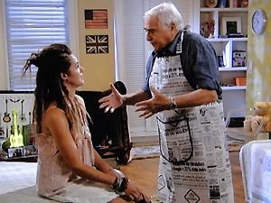 Rômulo tenta convencer Valentina para que ela não faça besteira na festa de Dinho (Foto: Malhação / TV Globo)