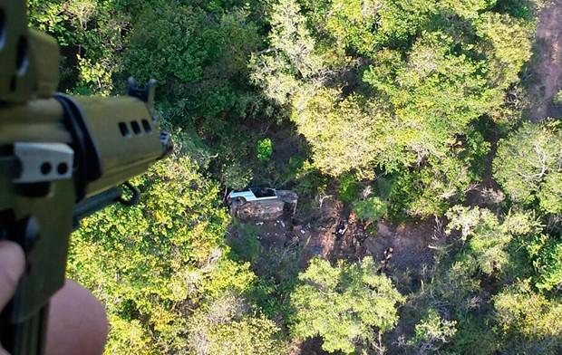 Desmanche foi encontrado numa área de mata fechada e de difícil acesso  (Foto: Divulgação/Polícia Militar do RN)