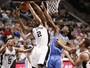 Kawhi Leonard lidera Spurs em vitória contra os Nuggets em San Antonio