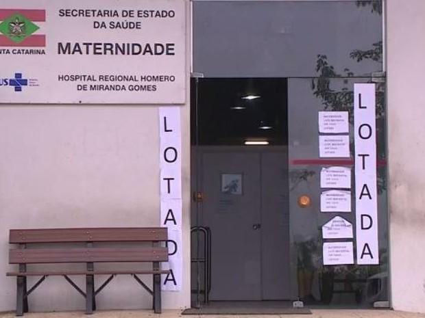 UTI neonatal do Hospital Regional de São José ficou lotada esta semana (Foto: Reprodução/RBS TV)