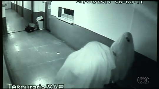 Ladrões 'fantasmas' que furtaram prefeitura podem ser servidores
